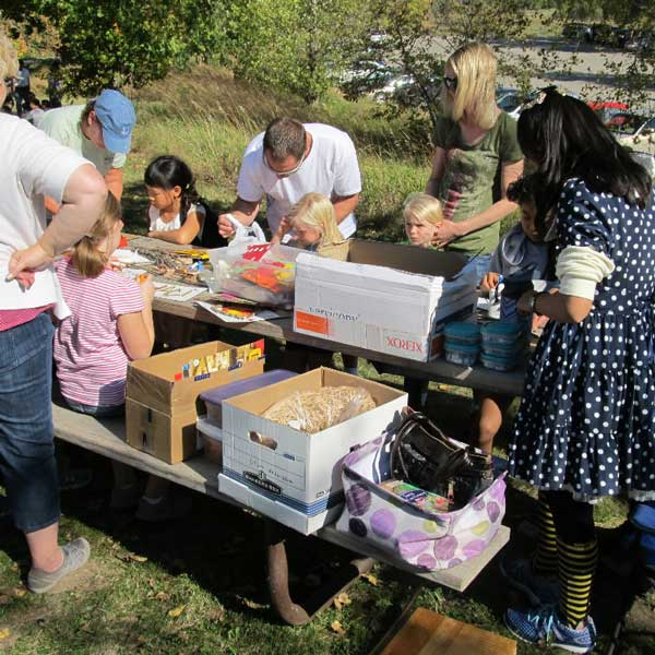 Crafting station in the park