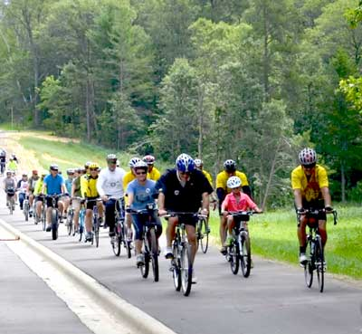 Group ride on Paul Bunyan State Trail in Crow Wing