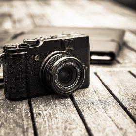 Camera photo by Sebastian Wiertz/FlickrCC