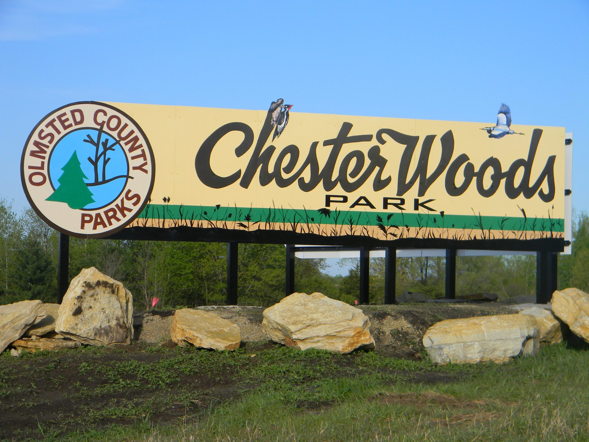 Chester Woods Park sign