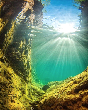 Underwater shot with suns rays